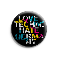 Love Techno, Hate Germany – Button – Gross