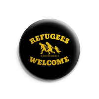 Refugees Welcome – Button – Gross